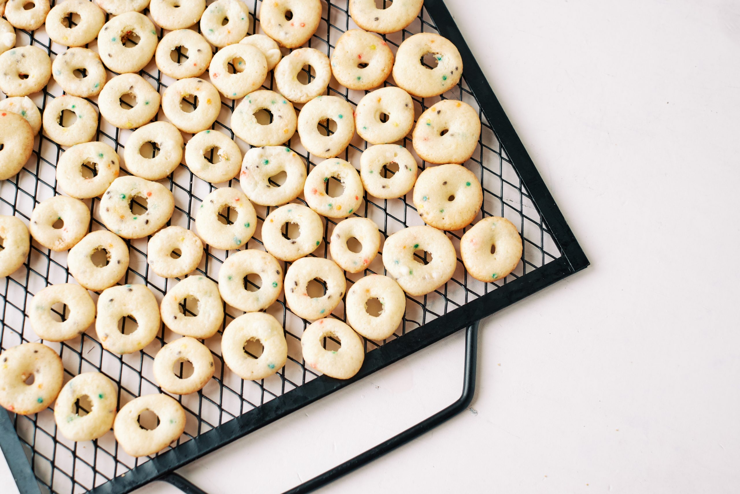 "mini donuts ""cereal"""